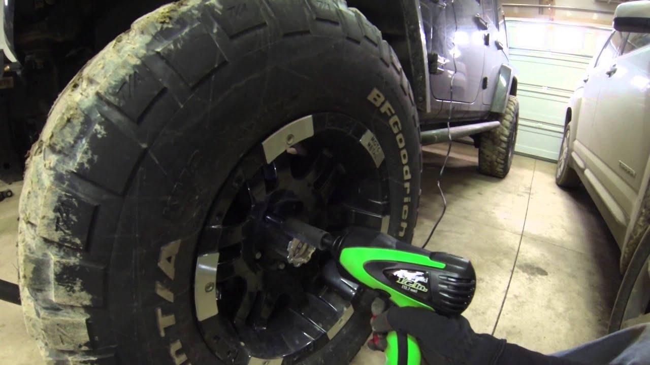 Kawasaki    Inch V Impact Wrench Kit
