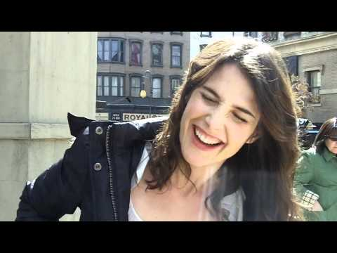 Lily and Robin Kiss Scene - How I Met Your Mother from YouTube · Duration:  35 seconds