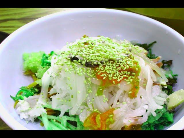 Диетический салат с кальмарами