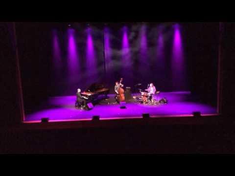 Florian Favre trio in Rome- UR (Excerpt)