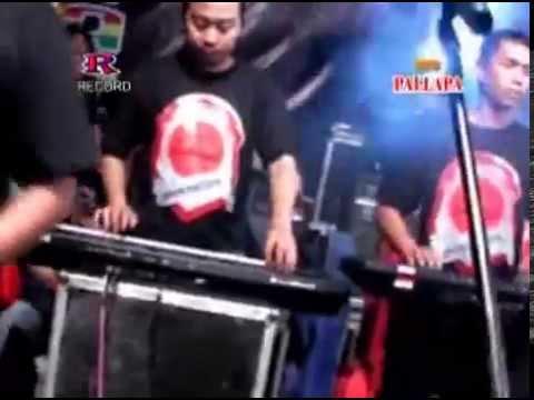 Aku Mah Apa Atuh (Rere) - New Pallapa Live Pakal Surabaya