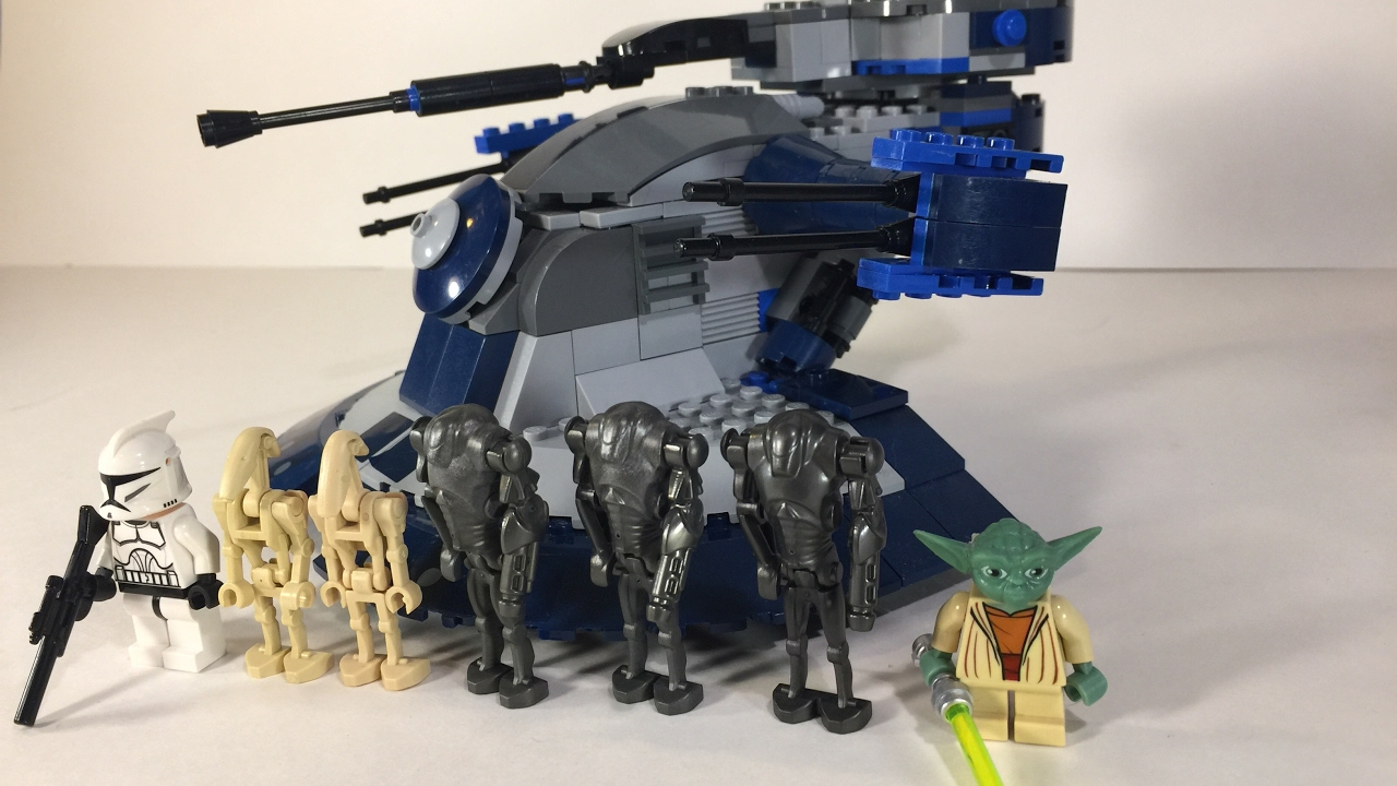 Lego Star Wars Armored Assault Tank (AAT) From 2009 Review! (8018)