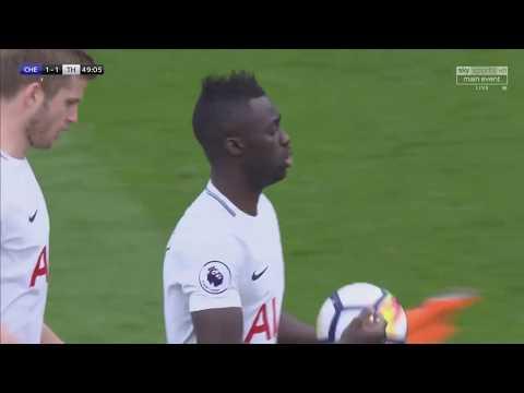Davinson Sanchez vs Chelsea (A) 17/18