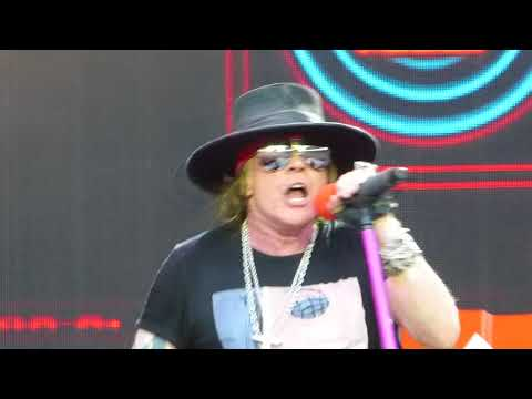 Guns N' Roses Slither Berlin Germany 2018