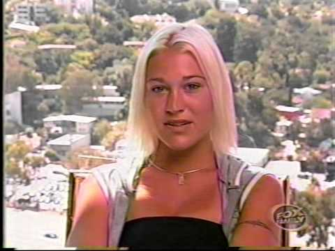 S Club 7 - Ultimate Access (Behind The Escenes of Back to the 50´s)