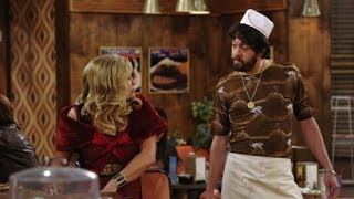 2 Broke Girls Star Jonathan Kite Stops By With Vince Vaughn — Kind Of | POPSUGAR Interview