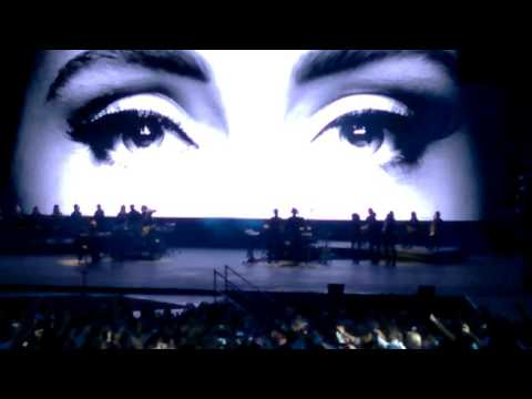 Adele - Hello - Live in Arena di Verona -...