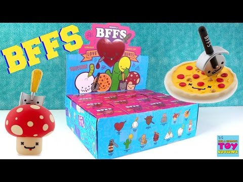 BFFS Series Kidrobot Blind Box Collectible Vinyl Figures Unboxing | PSToyReviews
