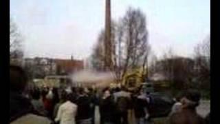 Jak kominy w Starachowicach wysadzano