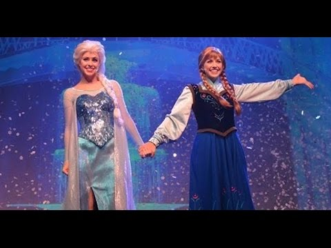 Frozen Songs – Live Show at Hyperion - Disneyland California (HD) Part 3