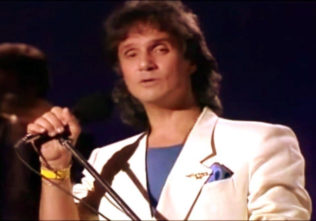 Roberto Carlos A Distância 1972 1987 O Amor Mais Lindo Do Mundo Hd Youtube