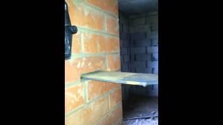 Дымит новая кирпичная печка(При растопке печка дымит через задвижки, духовку, дверки. Показалось, что и через сендвич, но похоже, что..., 2014-07-17T09:05:29.000Z)