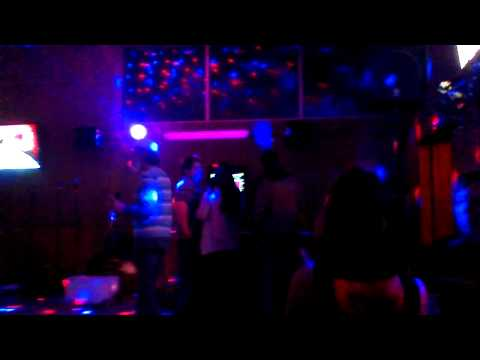 karaoke elton john at the wedge