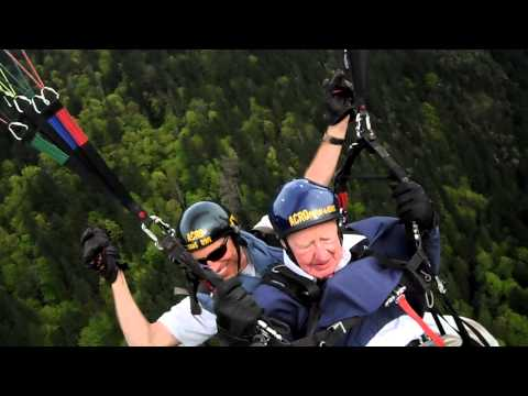 Bert Goes Paragliding Part 2 - Acro & Landing
