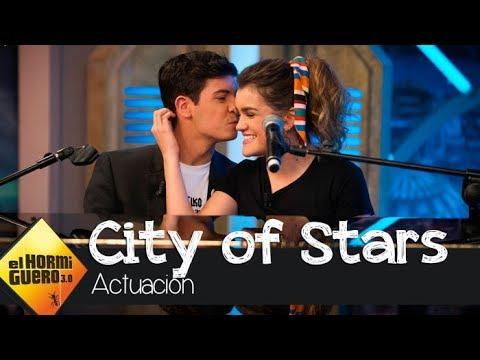 Amaia y Alfred vuelven a enamorar con su mítico 'City of Stars' - El Hormiguero 3.0