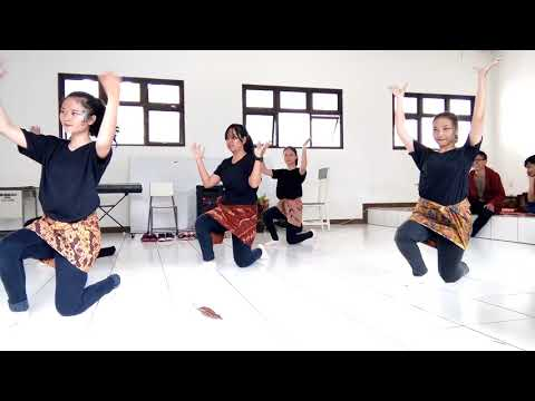 Playing With Fire BLACKPINK Mix Traditional Dance Indonesia(Genjring)