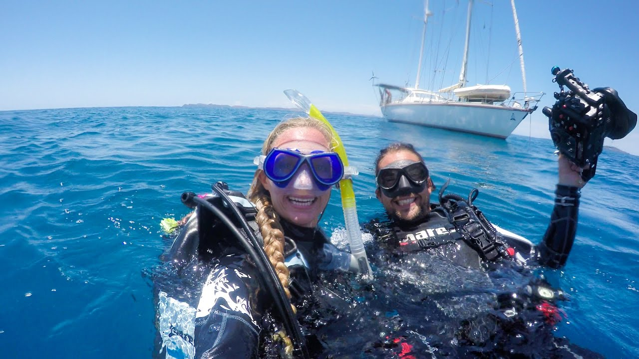 DIY Scuba Diving on Sailing Vessel Delos - SV Delos
