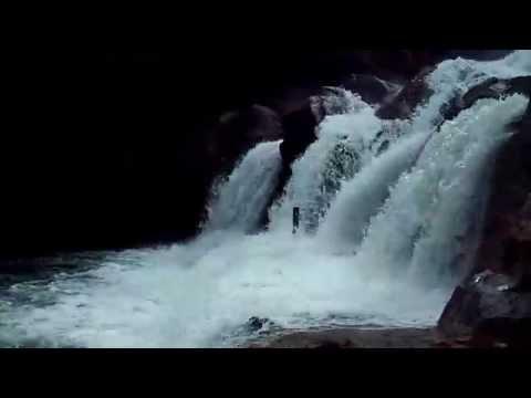 manimuthar falls, tirunelveli. by tamilnatural2007