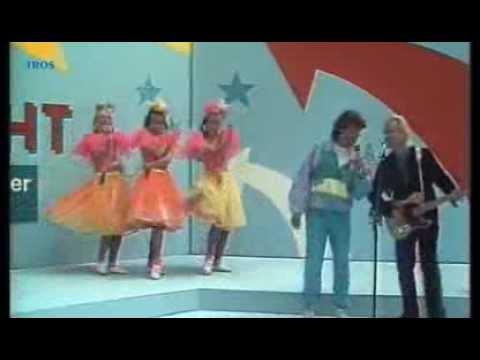 Brian Hyland & Albert West  Itsy bitsy teenie weenie 1988