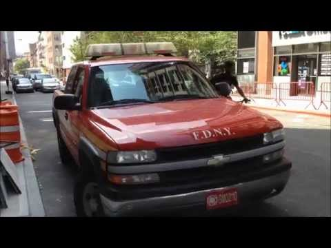 WALK AROUND OF A RARE FDNY MARINE OPERATIONS UNIT IN THE LOWER MANHATTAN AREA OF NEW YORK CITY.
