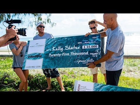 Kelly Slater Wins 2013/14 Wave of the Winter