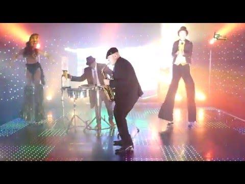 Sax Bongo & Stilts
