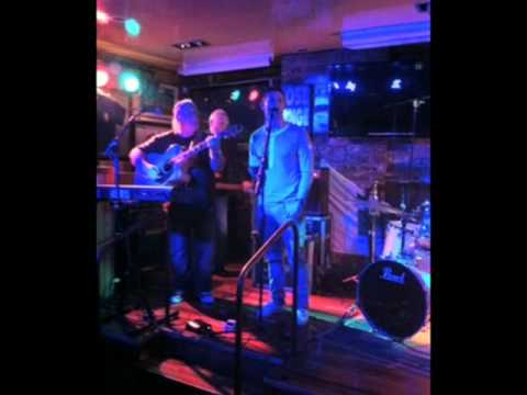 Robbie Keane defends karaoke singing