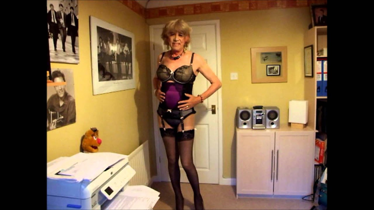 Dirty milf has been a very naughty girl