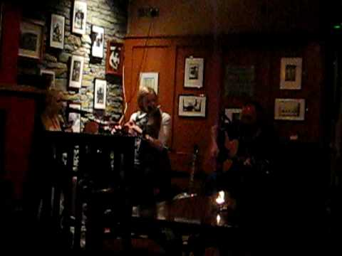Fitzpatrick's in Doolin - Music Session