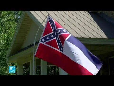 الولايات المتحدة بدأت طي صفحة ماضيها -العنصري-.. ميسيسيبي تزيل شعار الكونفدرالية عن علم الولاية  - نشر قبل 3 ساعة