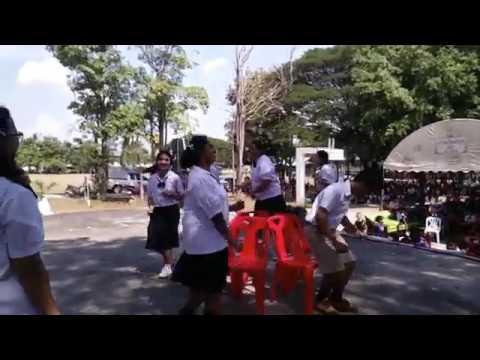 เก้าอี้ดนตรี ป.6/3 งานวันเด็กแห่งชาติ โรงเรียนบ้านสนบ 13 มกราคม 2560