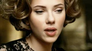 Scarlett Johansson declares that her favourite body part is her lips Thumbnail