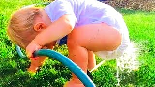 Funny Baby Plays Water Fail - JustSmile