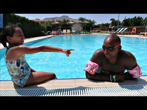 Thumbnail: MY DAD'S SWIMMING LESSON!