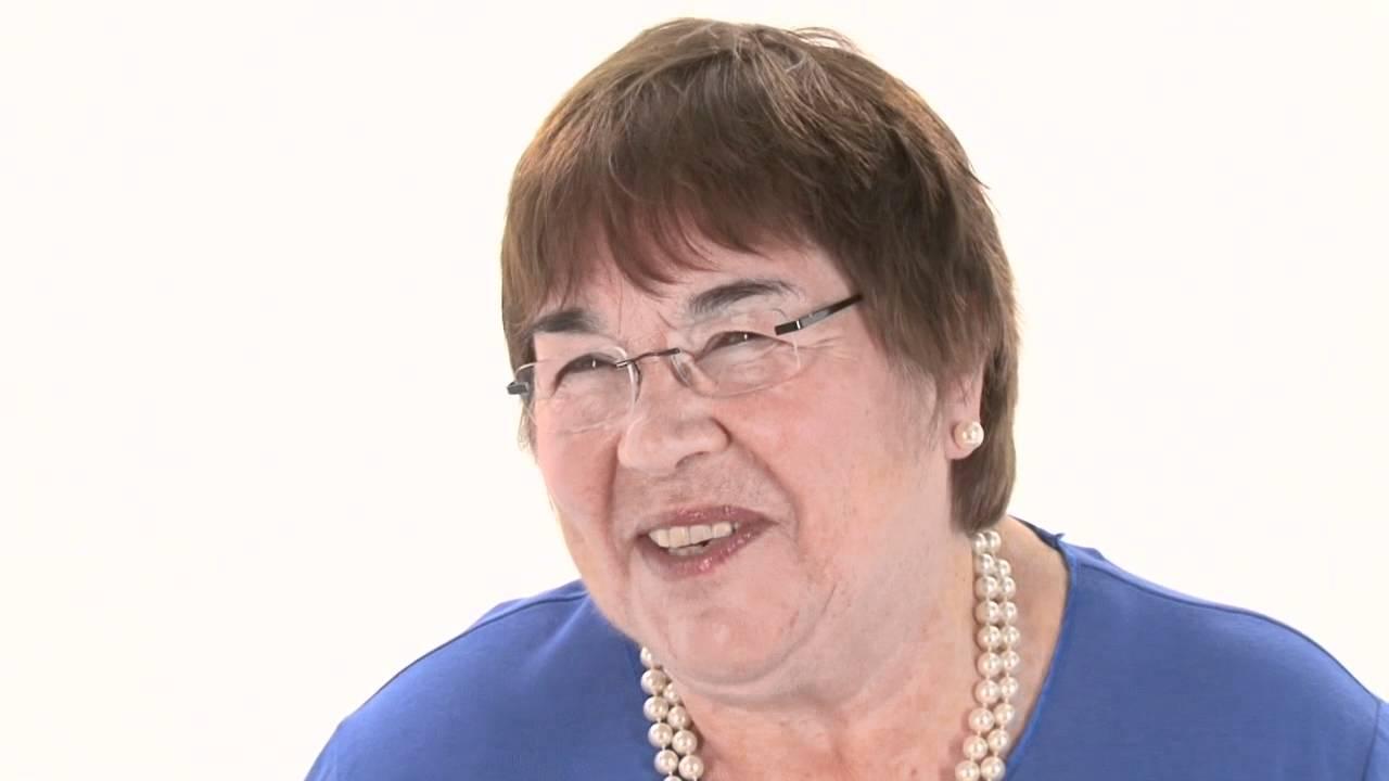 Caroline Flint Midwife, Childbirth & New Baby Expert ...