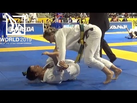 Ffion Davies VS Nathalie Ribeiro / World Championship 2019