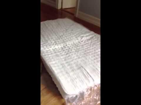 Vacuum Packed Mattress Unwring