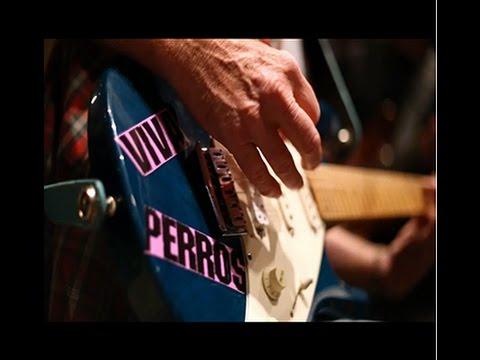 The Making of 'Chiliando' - Joe King Carrasco y Los Side FX