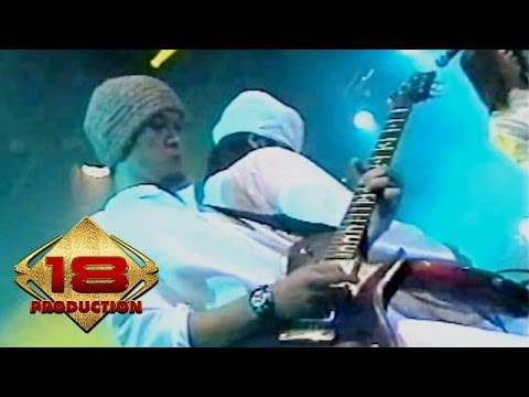 Dewa 19 - Pangeran Cinta (Live Konser Surabaya 6 November 2005)