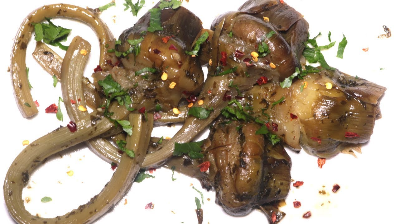 Pulire e cucinare i carciofi in padella e crudi in for Cucinare i carciofi