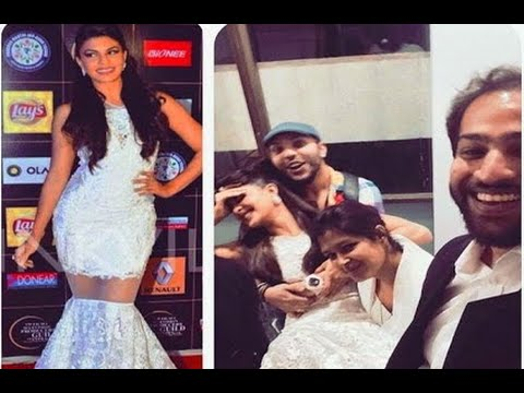Oops! Jacqueline Fernandez Can't Climb Up...