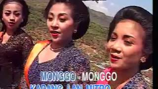 Download Video PARANG TRITIS MINUL/TITIEK N/DHINI A./MANTHOU'S Cipt. MANTHOU'S MP3 3GP MP4