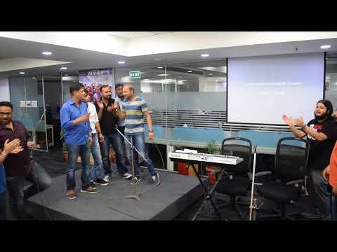 Pyar Humein Kis Mod Pe Le Aaya - Karaoke