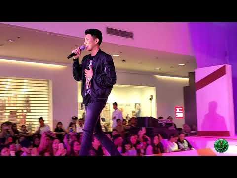 Darren Espanto sings Despacito at Harbor Point Subic (09-17-2017)