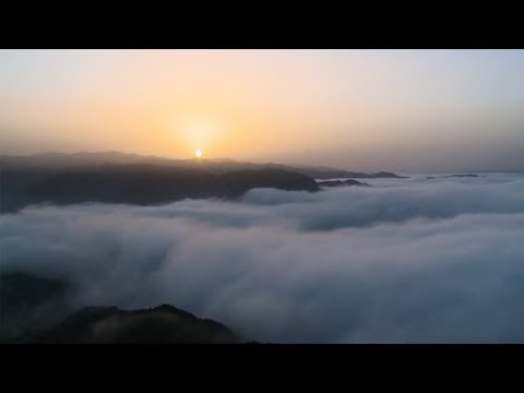 Bird's-eye view: The sea of clouds in the Qinling Mountains of Shaanxi