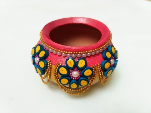 Pot diya decoration with quilling paper