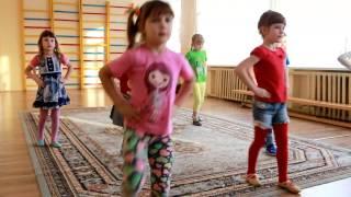 """2017-01."""" Часики"""". София и её друзья. Урок танцев.  Детский сад № 3 г. Городок."""