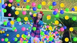 Öykü's Surprise Colorful Ball Rain