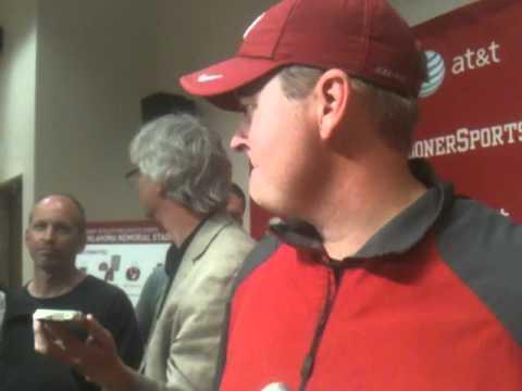 Josh Heupel meets with media (8/27)
