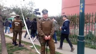Carabineros Hostigando a Observadores de DD.HH thumbnail